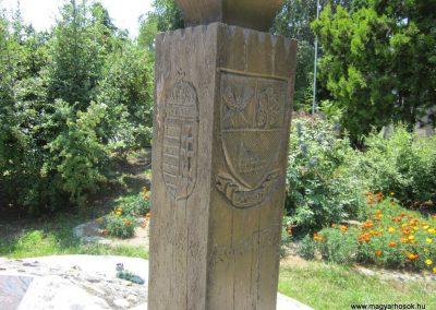 Laskod világháborús emlékmű 2013.07.08. küldő-kalyhas (10)