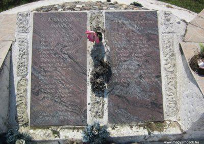 Laskod világháborús emlékmű 2013.07.08. küldő-kalyhas (6)