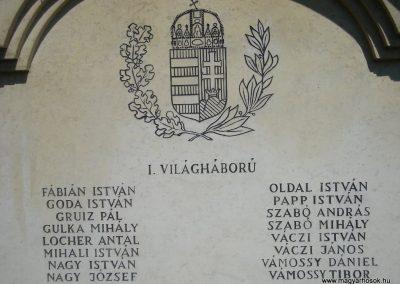 Leányfalu világháborús emlékmű 2008.07.05.küldő-Huszár Peti (2)