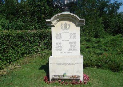 Leányfalu I-II világháborús emlékmû