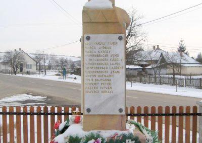 Legénd világháborús emlékmű 2010.01.26. küldő-kalyhas (10)