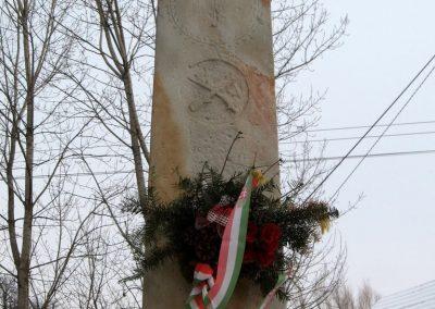 Legénd világháborús emlékmű 2010.01.26. küldő-kalyhas (2)