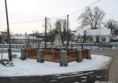Legénd világháborús emlékmű 2010.01.26. küldő-kalyhas