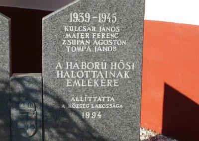 Lendvajakabfa világháborús emlékmű 2009.11.17. küldő-Sümec (2)