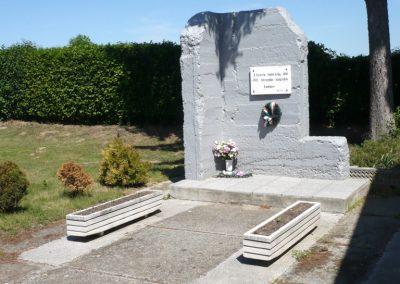 Lenti- Lentikápolna II. világháborús emlék 2012.05.09. küldő-Sümec