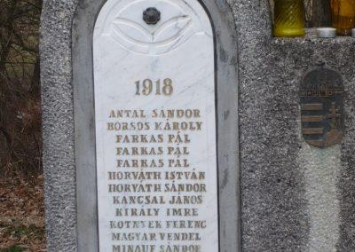 Lenti-Máhomfa világháborús emlékmű 2009.02.12.küldő-Sümec (2)
