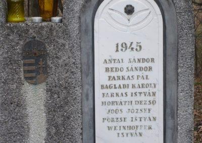 Lenti-Máhomfa világháborús emlékmű 2009.02.12.küldő-Sümec (3)