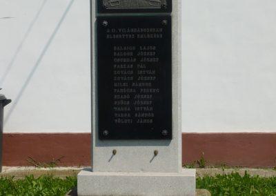 Lenti-Mumor II.vh emlékmű 2009.07.22.küldő-Sümec (3)