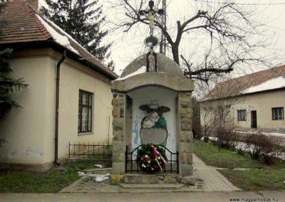Letkés I. világháborús emlékmű 2013.03.18. küldő-kalyhas (1)