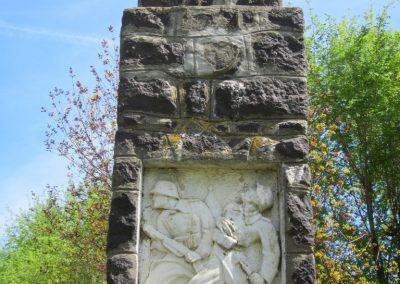 Levelek I.világháborús emlékmű 2012.04.27. küldő-kalyhas (2)