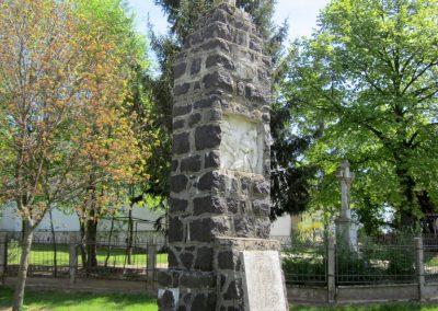 Levelek I.világháborús emlékmű 2012.04.27. küldő-kalyhas (5)