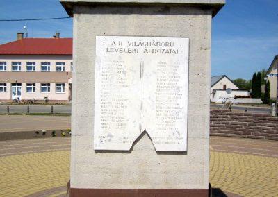 Levelek II.világháborús emlékmű 2012.04.27. küldő-kalyhas (9)