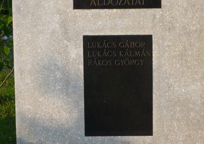 Lispeszentadorján világháborús emlékmű 2009.05.23.küldő-Sümec (1)
