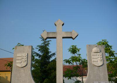 Lispeszentadorján világháborús emlékmű 2009.05.23.küldő-Sümec (2)
