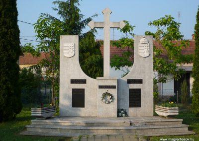 Lispeszentadorján világháborús emlékmű 2009.05.23.küldő-Sümec