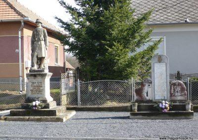 Lovászi II.vh emlékmű 2009.03.06.küldő-Sümec