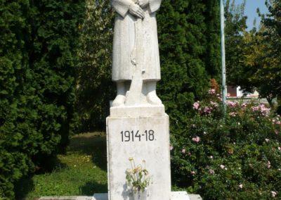 Lovászi világháborús emlékművek 2010.08.13. küldő-Sümec (6)