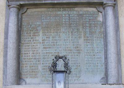 Lovasberény, templom I.világháborús emléktábla 2012.06.29. küldő-Méri (2)