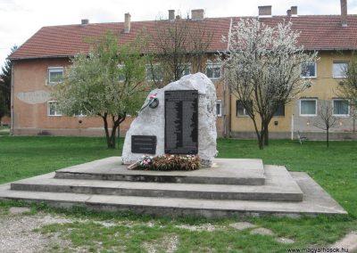 Mályi II.vh emlékmű 2008.04.11. külő-Kályhás