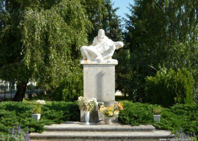 Mándok II.vh emlékmű 2010.07.03. küldő-Ágca (1)