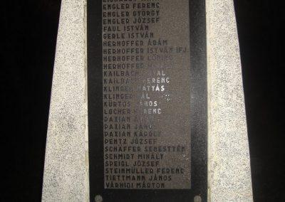 Máriahalom II.vh emlékmű 2008.12.29.küldő-Huszár Peti (3)
