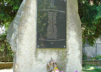 Márianosztra II.vh emlékmű 2006.09.10. küldő-Pfaff László, Rétság