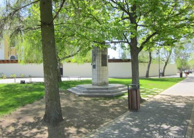 Máriapócs világháborús emlékmű 2012.04.27. küldő-kalyhas (11)