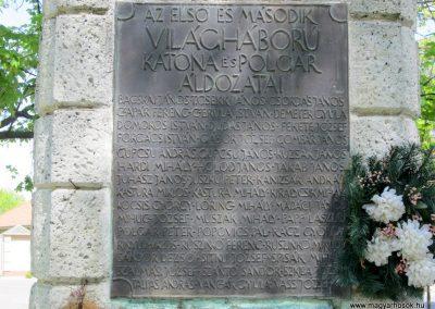 Máriapócs világháborús emlékmű 2012.04.27. küldő-kalyhas (5)