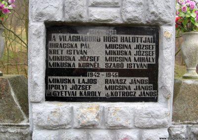 Márkháza világháborús emlékmű 2011.02.19. küldő-kalyhas (2)