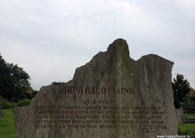 Mártély világháborús emlékmű 2014.10.21. küldő-Sümec (4)