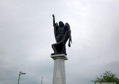 Mátészalka hősi emlékmű 2014.04.25. küldő-kalyhas (3)