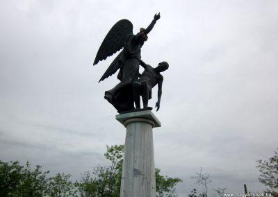 Mátészalka hősi emlékmű 2014.04.25. küldő-kalyhas (5)