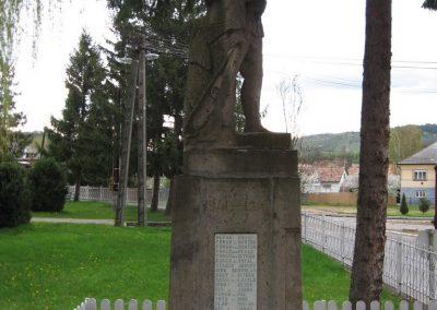 Mátraballa világháborús emlékmű 2008.04.22. küldő-kalyhas (3)