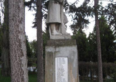 Mátraderecske világháborús emlékmű 2008.04.22.küldő-Kályhás (1)