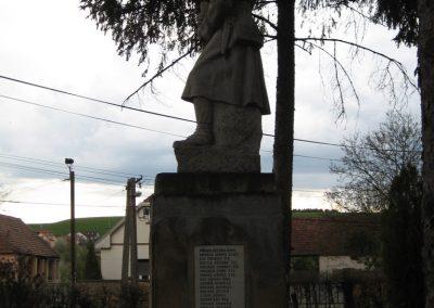 Mátraderecske világháborús emlékmű 2008.04.22.küldő-Kályhás (4)