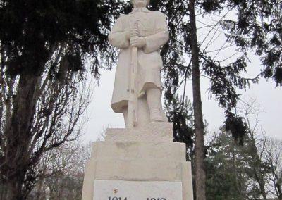 Mátraderecske világháborús emlékmű felújítás után 2014.12.09. küldő-kalyhas (2)