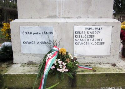 Mátraderecske világháborús emlékmű felújítás után 2014.12.09. küldő-kalyhas (20)