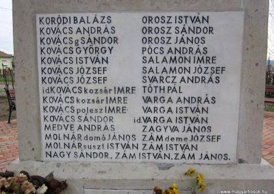 Mátraderecske világháborús emlékmű felújítás után 2014.12.09. küldő-kalyhas (23)