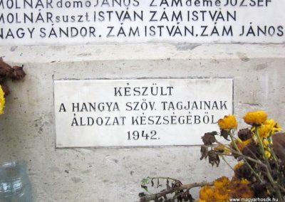 Mátraderecske világháborús emlékmű felújítás után 2014.12.09. küldő-kalyhas (24)