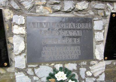 Mátranovák világháborús emlékmű 2014.05.19. küldő-kalyhas (12)