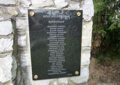 Mátranovák világháborús emlékmű 2014.05.19. küldő-kalyhas (13)