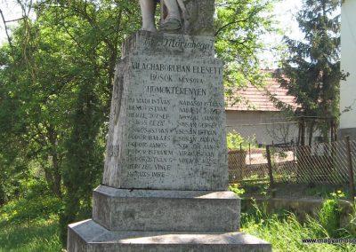 Mátraterenye I.vh emlékmű 2009.04.26. küldő-kalyhas (4)