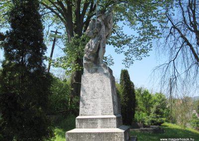 Mátraterenye I.vh emlékmű 2009.04.26. küldő-kalyhas (5)
