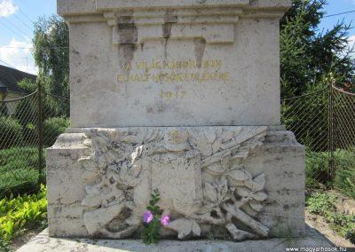 Mélykút I.vh emlékmű 2011.08.17. küldő-kalyhas (5)