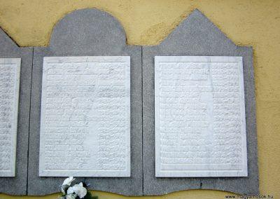 Mélykút II.vh emlékmű 2011.08.17. küldő-kalyhas (9)