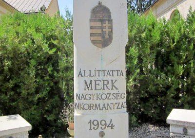 Mérk II. világháborús emlékmű 2014.08.04. küldő-kalyhas (6)