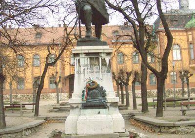 Mór I. világháborús emlékmű 2006.11.28. küldő-Venczlik Krisztián
