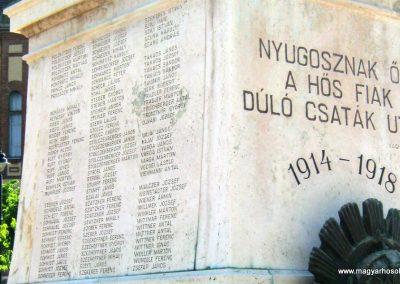 Mór I. világháborús emlékmű felújítás után 2013.06.29. küldő-Emese (5)