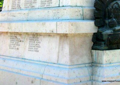 Mór I. világháborús emlékmű felújítás után 2013.06.29. küldő-Emese (6)