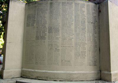 Mórahalom I.vh emlékmű 2011.08.18. küldő-kalyhas (2)